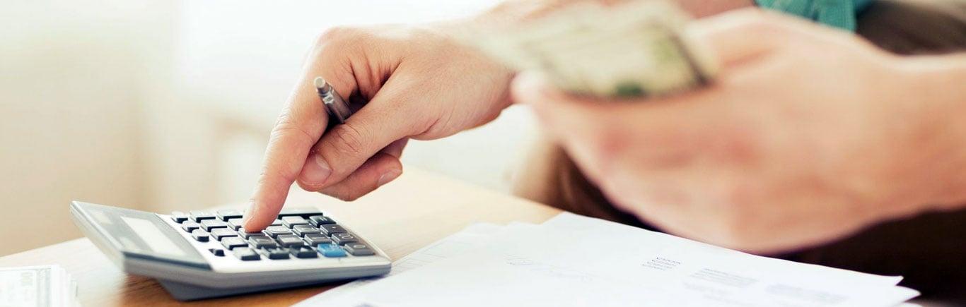 Como-salir-de-deudas-ahorrar-y-cumplir-tus-metas.jpg