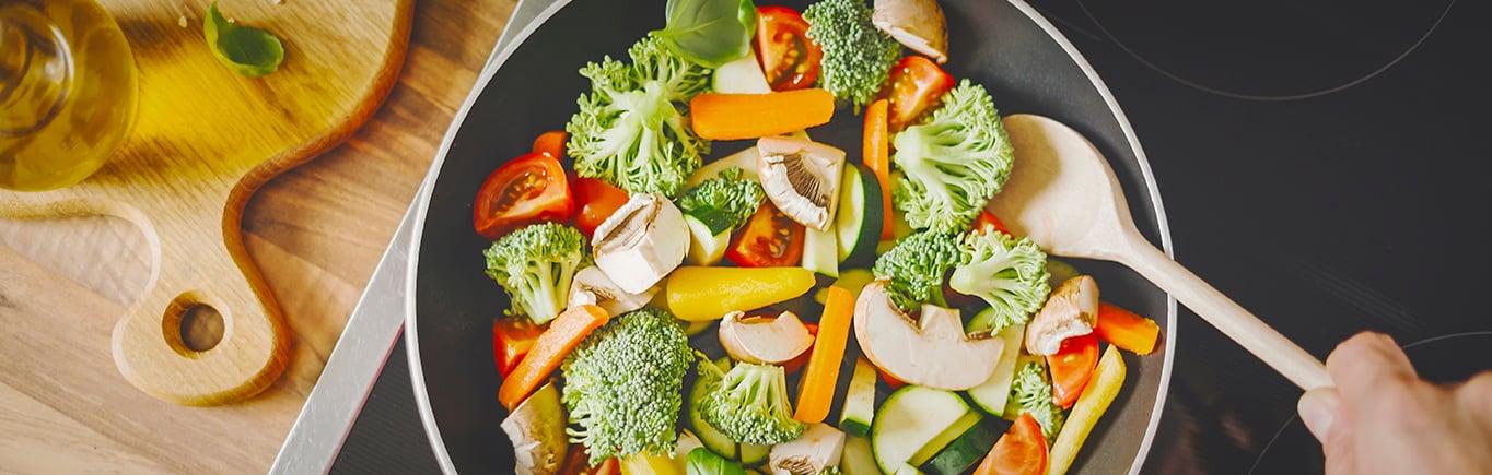 2. ¡A comer saludable! Aprende cómo es un plato saludable según la escuela de salud de Harvard
