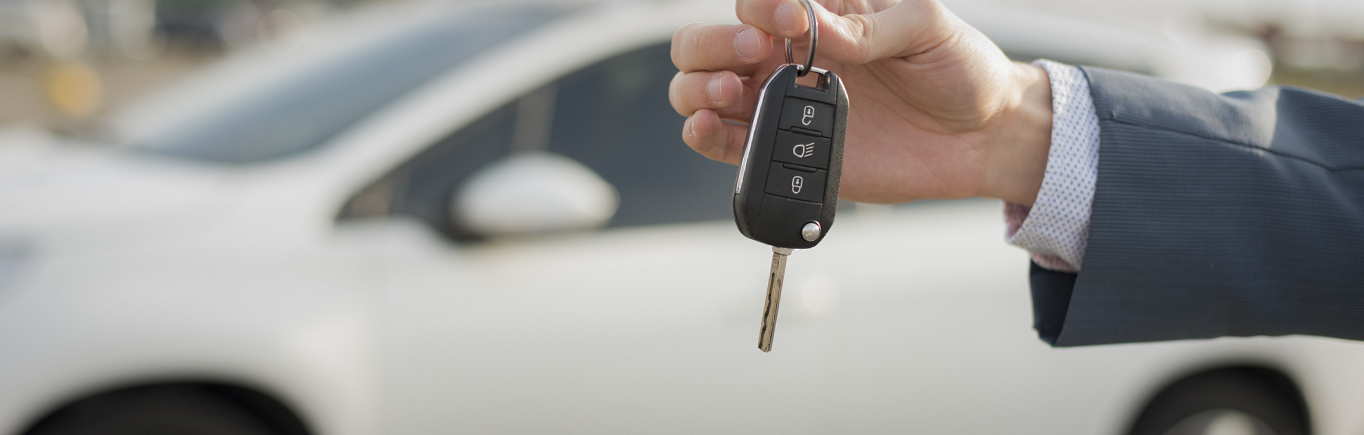 4. ¿Qué factores deberías evaluar al comprar un carro nuevo?