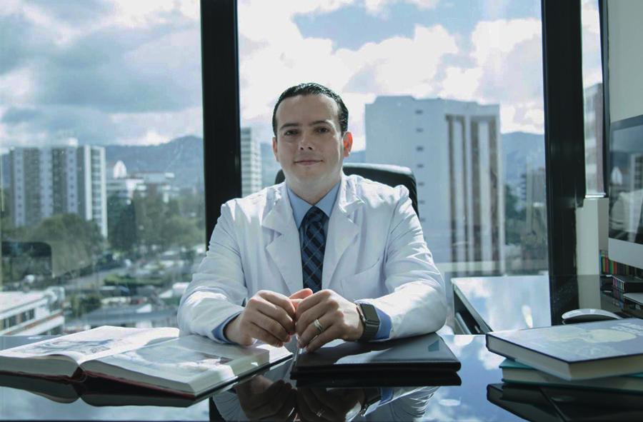 DOCTOR CRISTOBAL SALGADO BANCO INDUSTRIAL