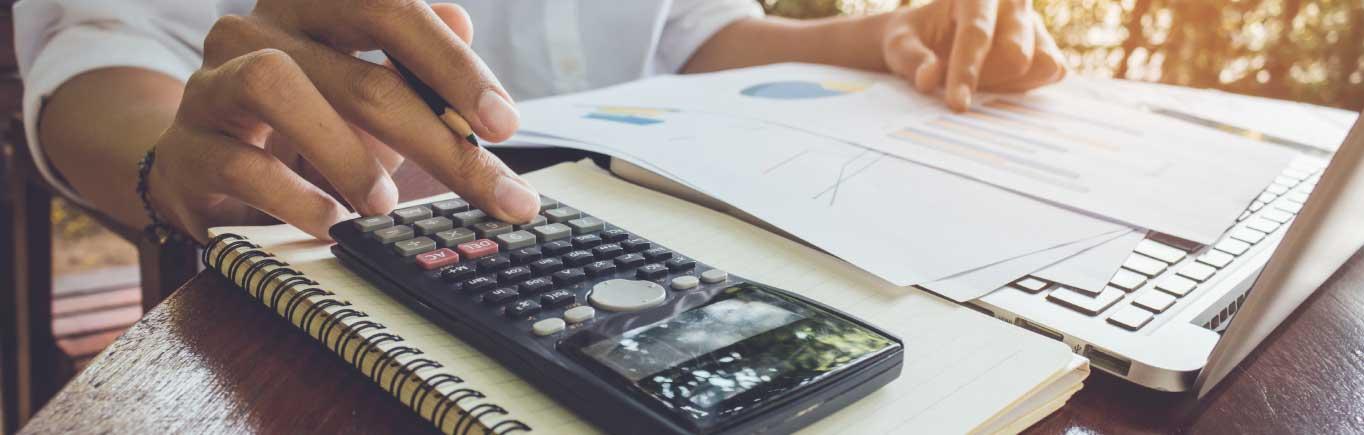 4 personalidades financieras