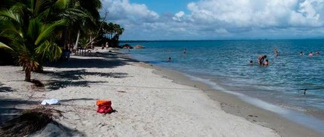 Playa Blanca Izabal - Banco Industrial