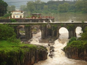 puente de los esclavos.jpg