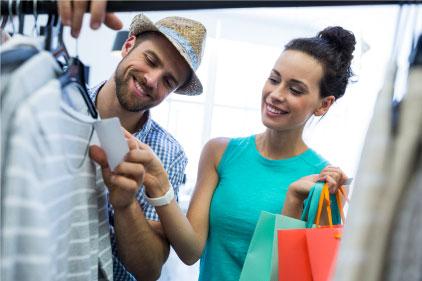 Paga en miles de establecimientos locales e internacionales afiliados a VISA.